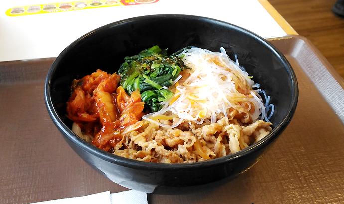 すき家のロカボ牛ビビン麺を実食レビュー