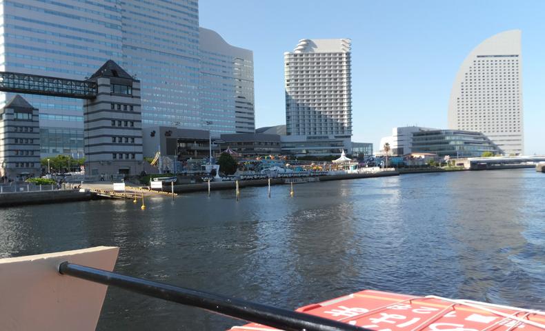 横浜で水上バスを初体験。乗船中の風景や見どころをレポート